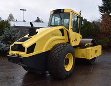 Bomag single drum compactor BW 218 D-40